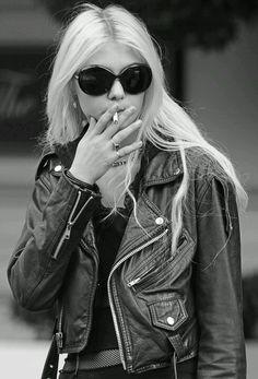 Taylor Momsen. her leather jacket.
