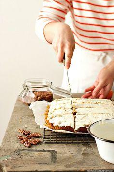 carrot & pecan nut cake