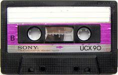 UCX 90! Le famose cassette anni 80 ne esistevano Normal, Crome, e le costosissime Metal. Oggi in pochi le ricordano.