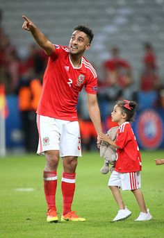 Euro 2016 Pictures and Photos Wales Euro 2016, Neil Taylor, Welsh Football, Uefa Euro 2016, 2016 Pictures, World Football, Garra, Cymru, Arsenal Fc