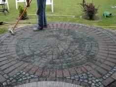 Ziegelsteine und Granitsteine wurden hinzugefügt