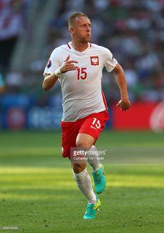 Kamil Glik-Poland European Championships, Football Players, Poland, Running, Sports, Cool Quotes, Hs Sports, Soccer Players, Keep Running