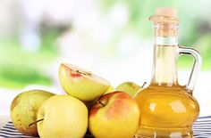 Apple cider vinegar is one of the oldest and most useful remedies on Earth. Learn 23 health and wellness benefits of apple cider vinegar. Homemade Apple Cider Vinegar, Apple Cider Vinegar Remedies, Water Retention Remedies, Vinegar Weight Loss, Apple Cider Benefits, Detoxify Your Body, Natural Home Remedies, Natural Treatments, The Cure