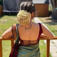 Blouse Back Neck Designs, New Saree Blouse Designs, Bridal Blouse Designs, Pink Saree Silk, South Indian Wedding Hairstyles, Wedding Saree Collection, Frock For Women, Saree Trends, Saree Look