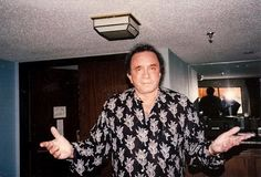 Johnny Cash Another Hotel Suite, 1993 June And Johnny Cash, June Carter Cash, Country Singers, Country Music, John Cash, My Favorite Music, Candid, The Man, Black Men