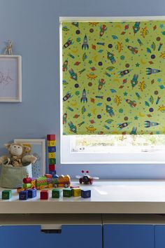 Pattern can add a great injection of fun and add a theme into a children's room. Made to measure To The Moon Bright Green Roller Blinds adds a fun space theme into a boys room. Skylight Blinds, Outer Space Theme, Made To Measure Blinds, Blackout Blinds, Blue Walls, Bright Green, Bright Colours, Interior Decorating
