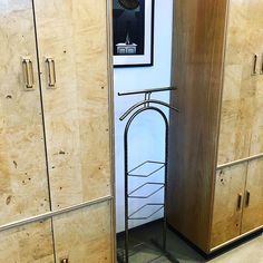 Fabulous late 2000 wardrobes and valet. Modern Furniture, Furniture Design, Midcentury Modern, Wardrobes, Brass, Wood, Instagram, Woodwind Instrument, Timber Wood