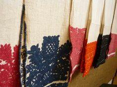 Writing stitch embroidery from Kalotaszeg.