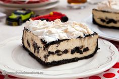 DULCIURI CU BISCUITI OREO | Diva in bucatarie Fun Deserts, No Cook Desserts, Oreo Cheesecake, Cheesecakes, Ricotta, Baked Goods, Biscuit, Food And Drink, Baking