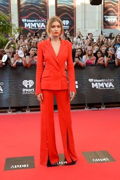 On The Scene: The I Heart Radio Awards with Amber Rose in Herve Leger, Hailey Baldwin in Kayat, Gigi Hadid in Mugler, and more! Looks Gigi Hadid, Style Gigi Hadid, Gigi Hadid Red Dress, Fashion Mode, Daily Fashion, Fashion News, Blond Ombre, Ombre Hair, Celebrity Outfits