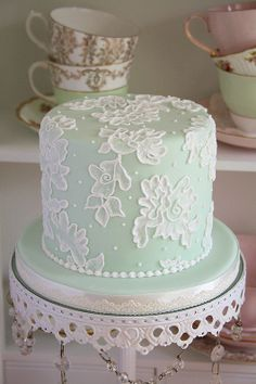 Brush Embroidery Tier by Cotton and Crumbs Gorgeous Cakes, Pretty Cakes, Brush Embroidery Cake, Lace Embroidery, Cotton And Crumbs, Bolo Floral, Floral Cake, Small Cake, Elegant Cakes