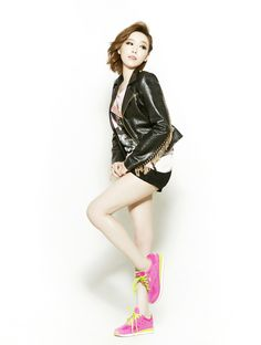 Ga-in's weird combination of sexy and cute.