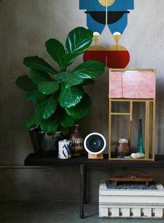 J'adore cette maison d' Adam Pogue , tout y est artistique, innovant, accueillant. Un mix de jolies idées.                             ...