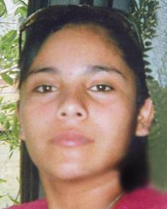 """ISABEL LAUREANO, 17, EDCOUCH, TX, Oct 2, 2009  Race: Hispanic Hair: Black  Eyes: Brown, Ht: 5'2"""", Wt: 120lbs  Isabel may be in the company of an adult male. They may have traveled to Mexico. Isabel's ears and nose are pierced.  National Center for Missing & Exploited Children  1-800-843-5678 (1-800-THE-LOST)  Hidalgo County Sheriff's Office (Texas) 1-956-383-8114"""