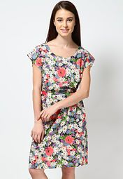 7efeed2d26d2 49 Best Shopping online partywear dress for women in India images ...