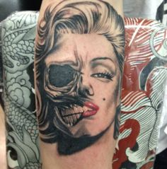 fuckyeahtattoos: My freshly done (undead) Marilyn Monroe tattoo. Because I love her and I want to create a sleeve of starlets and retro models and actresses. I already have Twiggy done, Audrey Hepburn next. Back Tattoos, Love Tattoos, I Tattoo, Tatoos, Marilyn Monroe Tattoo, Zombie Tattoos, Cosmetic Tattoo, Alien Art, Body Mods
