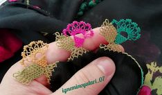 Fotoğraf açıklaması yok. Needle Lace, Premium Wordpress Themes, Diy And Crafts, Crochet Earrings, Crochet Patterns, Kebaya, Lace, Toss Pillows, Amigurumi