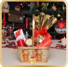 Cos cadou de Craciun Santa's Reindeers Santa And Reindeer, Christmas 2015, Cos, Gifts, Christmas, Ideas, Presents, Favors, Gift
