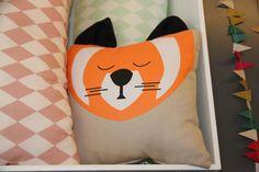 Nobodinoz pillows