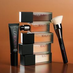 UGH these are true Makeup Goals products! We legit will go broke! Our calendar helps you stay on top of the latest makeup releases so you can plan your purchases! Get your beauty inspiration from the latest and greatest! Summer Eye Makeup, Gold Eye Makeup, Skin Makeup, Eyeshadow Makeup, Makeup Goals, Beauty Makeup, Best Selling Foundation, Liquid Foundation, Eye Make Up Videos