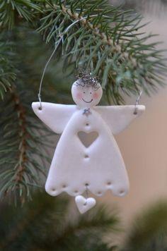 Idea para decorar árbol con un angelito