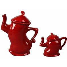 Red Teapot Small 11cm  A fun way to add a pop of colour to your kitchen bench- to compliment that lovely red splashback!