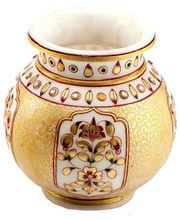 Decor your home with best designer #vases online in India.