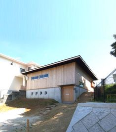BOX-S 傾斜地に建つ 家庭菜園と土間 平屋 和モダン住宅