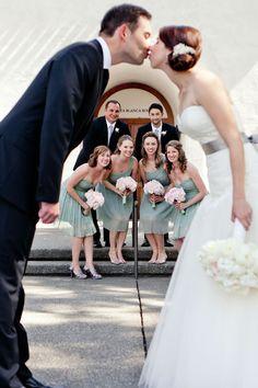 What a cute wedding photo idea! Studio Dizon.