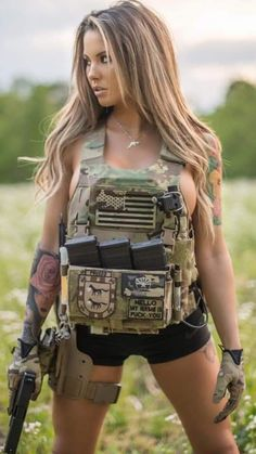 Shop Sexy Trending Bra Set – Chic Me offers the best women's fashion Bra Set deals Armas Airsoft, Lady, Warrior Girl, Female Soldier, Military Women, N Girls, Badass Women, Kind Mode, Country Girls