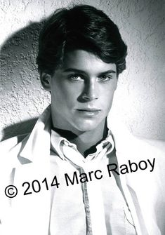 Rob Lowe 80s, Charlie Sheen, Fine Men, Man Alive, Gorgeous Men, Cute Drawings, Hot Guys, The Outsiders, Husband