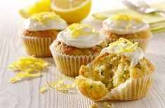 Lovely, light and fluffy lemon and courgette cupcakes by Dr. Oetker, which are wonderfully moist thanks to the courgette. Cupcake Recipes, Baking Recipes, Cupcake Ideas, Cupcake Arrangements, Lemon Zucchini, Great British Bake Off, Healthy Cake, Healthy Snacks, Baking With Kids