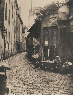 old time street, Paris Colorful Pictures, Old Pictures, Old Photos, Vintage Paris, Paris Cafe, Paris Street, Antique Photos, Vintage Photos, Old Portraits
