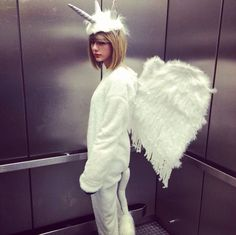 Cause darling I'm a nightmare dressed like a PEGACORN