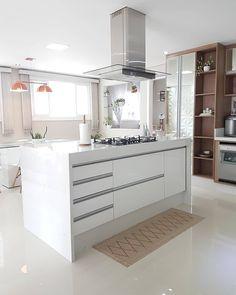 """JONAS MANFRIN on Instagram: """"INSPIRAÇÃO PARA COZINHA ❤ Dizem que a cozinha é o coração da casa, vocês concordam? 😍 Se você está pensando em reformar a sua cozinha uma…"""""""