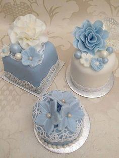 All Time Easy Cake : Mini Wedding Cakes: Ideas Photos Mini Wedding Cakes, Fondant Wedding Cakes, Wedding Cupcakes, Fondant Cakes, Mini Cakes, Cupcake Cakes, Fondant Bow, Fondant Tutorial, Fondant Flowers
