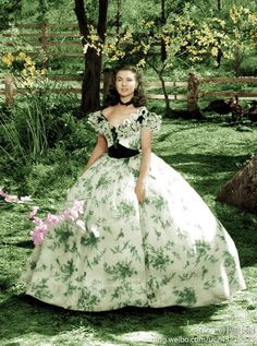 This green dress worn by Vivien Leigh in Gone with the wind for the barbecue is my favorite from the movie!