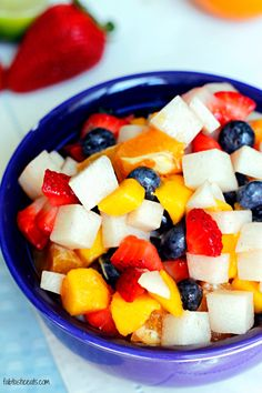 Looking for Fast & Easy Healthy Recipes, Side Dish Recipes, Vegetarian Recipes! Recipechart has over free recipes for you to browse. Find more recipes like Jicama Fruit Salad with a Cinnamon Lime Glaze. Jicama Fruit, Easy Healthy Recipes, Vegetarian Recipes, Meat Fruit, Summer Salads, Side Dish Recipes, Coco, Rice, Salads