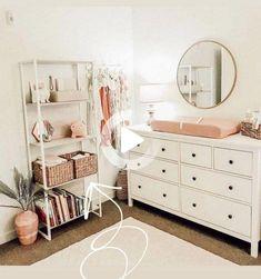 50 Minimalist Bedrooms with Cheap Furniture Ideas | maanitech.com #bedroomdecor #minimalistbedrooms
