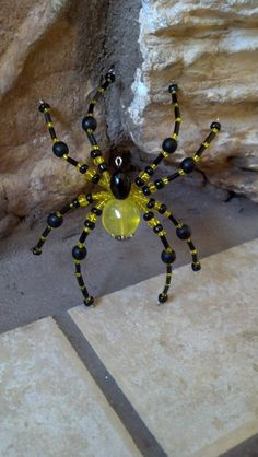 large beaded spider. yellow and black от Natjerm на Etsy