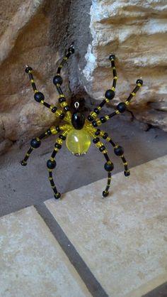 large beaded spider. yellow and black от Natjerm на Etsy