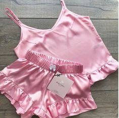 Delicate Lingerie, Pretty Lingerie, Cute Sleepwear, Lingerie Sleepwear, Jolie Lingerie, Lingerie Set, Girls Fashion Clothes, Fashion Outfits, Girl Outfits