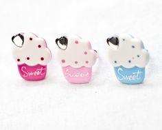 Sweet cupcake rings £4.50    http://www.vintageprincessjewellery.bigcartel.com/