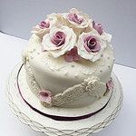 by Anita Jamal Soap Cake, Sugar Flowers, Cake Decorating, Sweet Tooth, Wedding Cakes, Birthday Cake, Cookies, Desserts, Gum Paste
