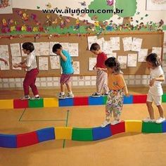 Children need risk to learn Physical Activities For Toddlers, Steam Activities, Motor Activities, Games For Kids, Outdoor Learning, Outdoor Games, Pe Lessons, Crafts For Kids, Diy For Kids