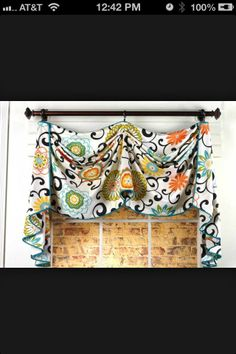 Love this material and curtain pattern for my kitchen/dining room.