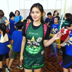 This is the pretty Loisa Andalio smiling for the camera while preparing for the 2016 Star Magic Games last May 2016 at Celebrity Sports Plaza in Quezon City. Indeed, Loisa's very athletic in addition to being a Kapamilya and a Star Magic talent. Filipina Beauty, Star Magic, Quezon City, Teen Actresses, The Big Four, Pinoy, Fashion Models, Dancer, Abs