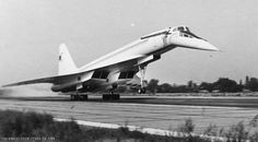 Magnificent shot of an Aeroflot Tupolev Concorde, Tupolev Tu 144, Commercial Plane, Sukhoi, Aeroplanes, Soviet Union, Zeppelin, Fighter Jets, Automobile