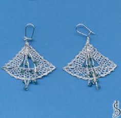 Earring No. 10918a     Silver, light blue beads. Price: € 17 Other color variations are in the catalog.  ............................  Protected by copyright!