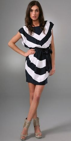 I love how chic and easy to wear this dress is. The chevron print creates a great slimming illusion.